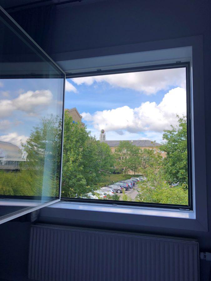 ヨーロッパ、窓、内開き窓、北欧、綺麗、
